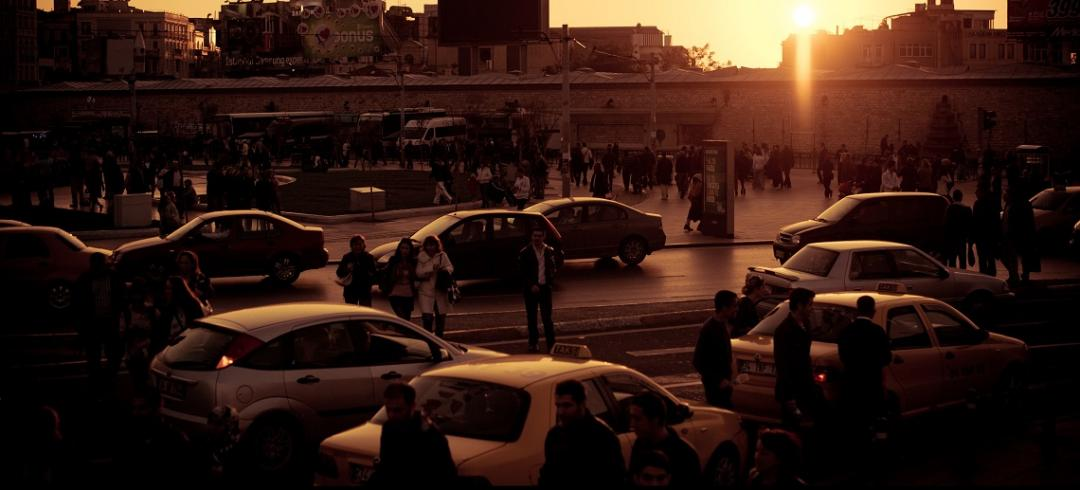 Sunset near Taksim Square, Istanbul. Photo by Matthias Rhomberg/Flickr.